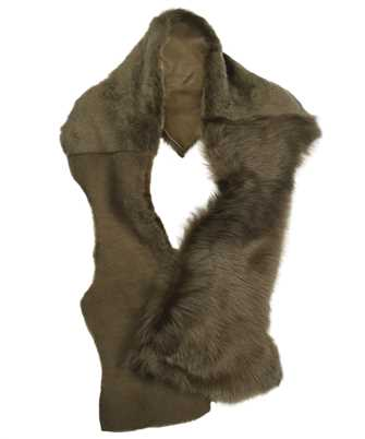 Karl Donoghue TLTSCW1 SHEARLING TRIO BUTTON Scarf