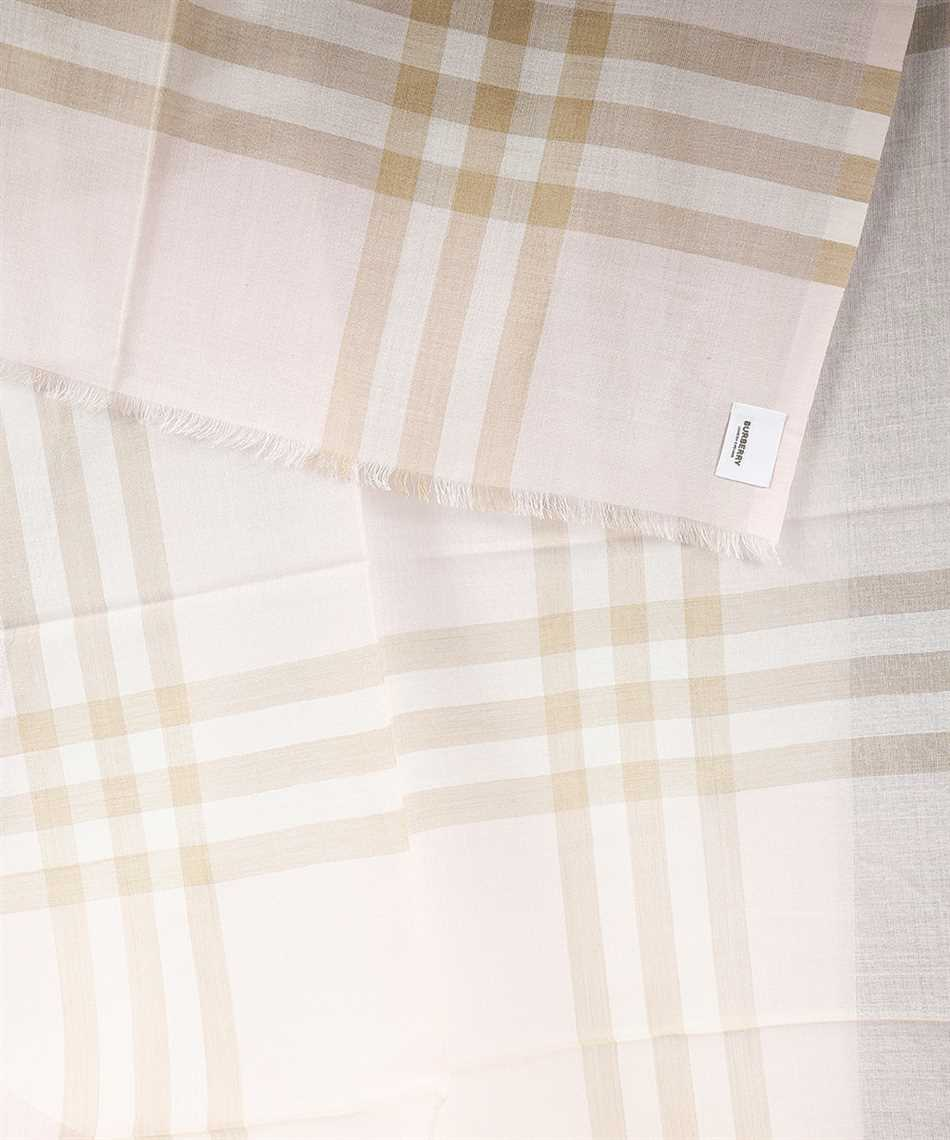 Burberry 8019462 GIANT CHECK Scarf 2