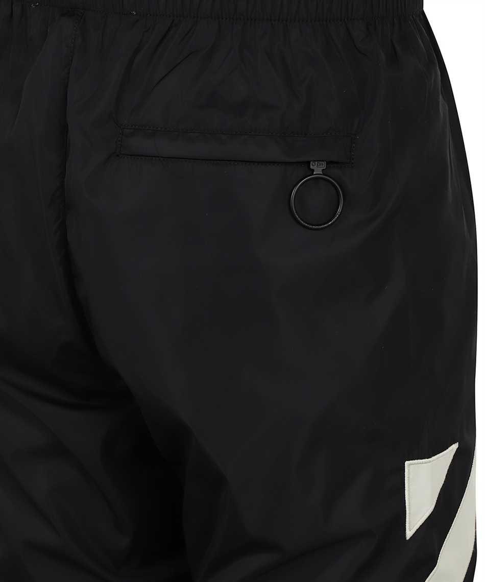 Off-White OMCJ001F21FAB001 DIAG NYLON TRACK Trousers 3
