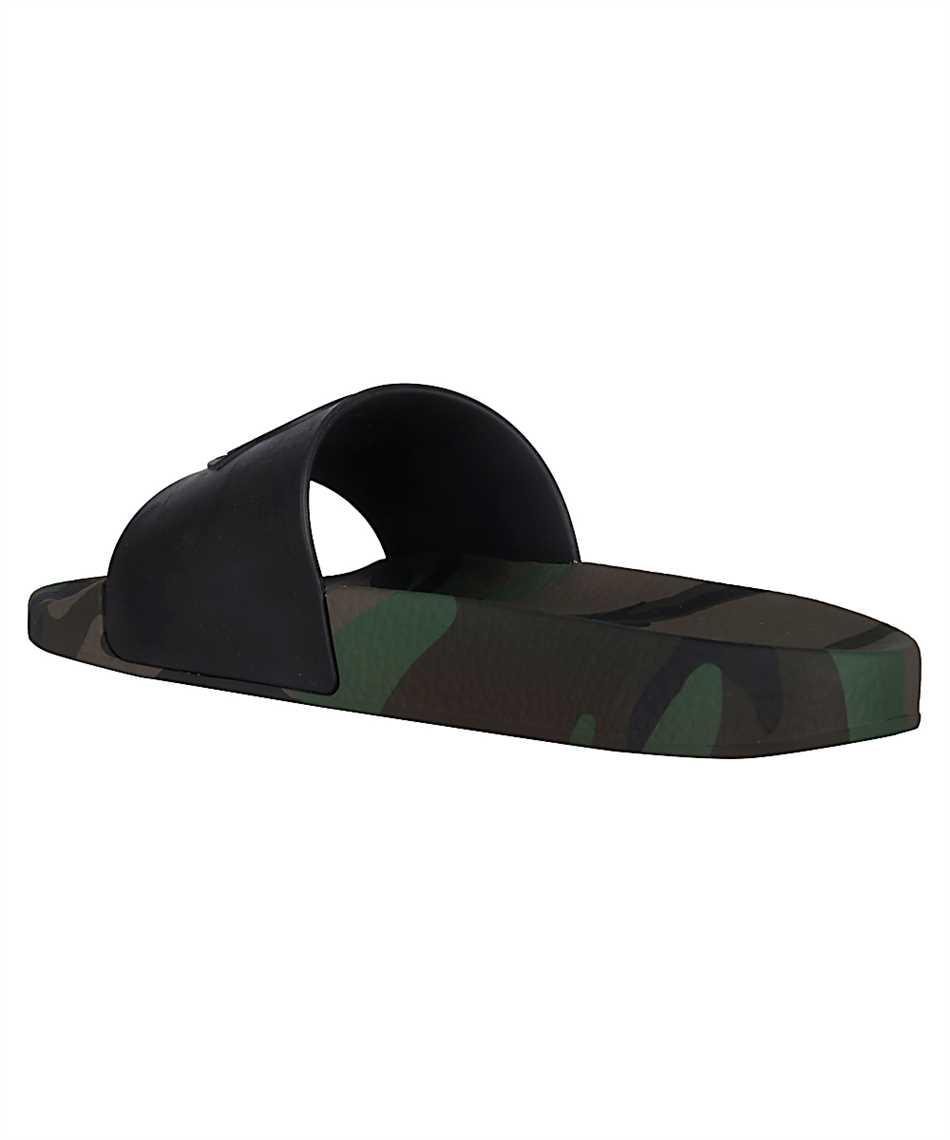 Moncler 10138.00 01A49 BASILE Slides 3