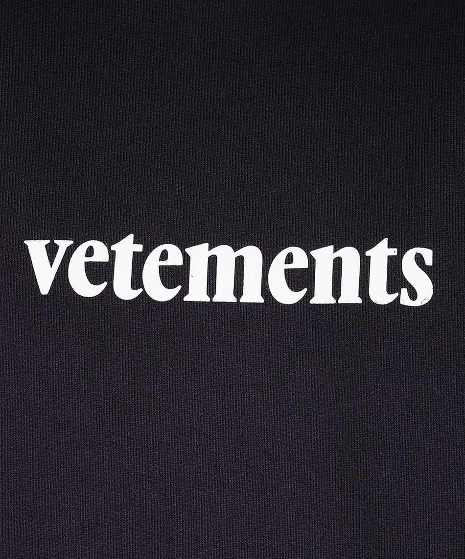 Vetements TR311 LOGO Kapuzen-Sweatshirt 3