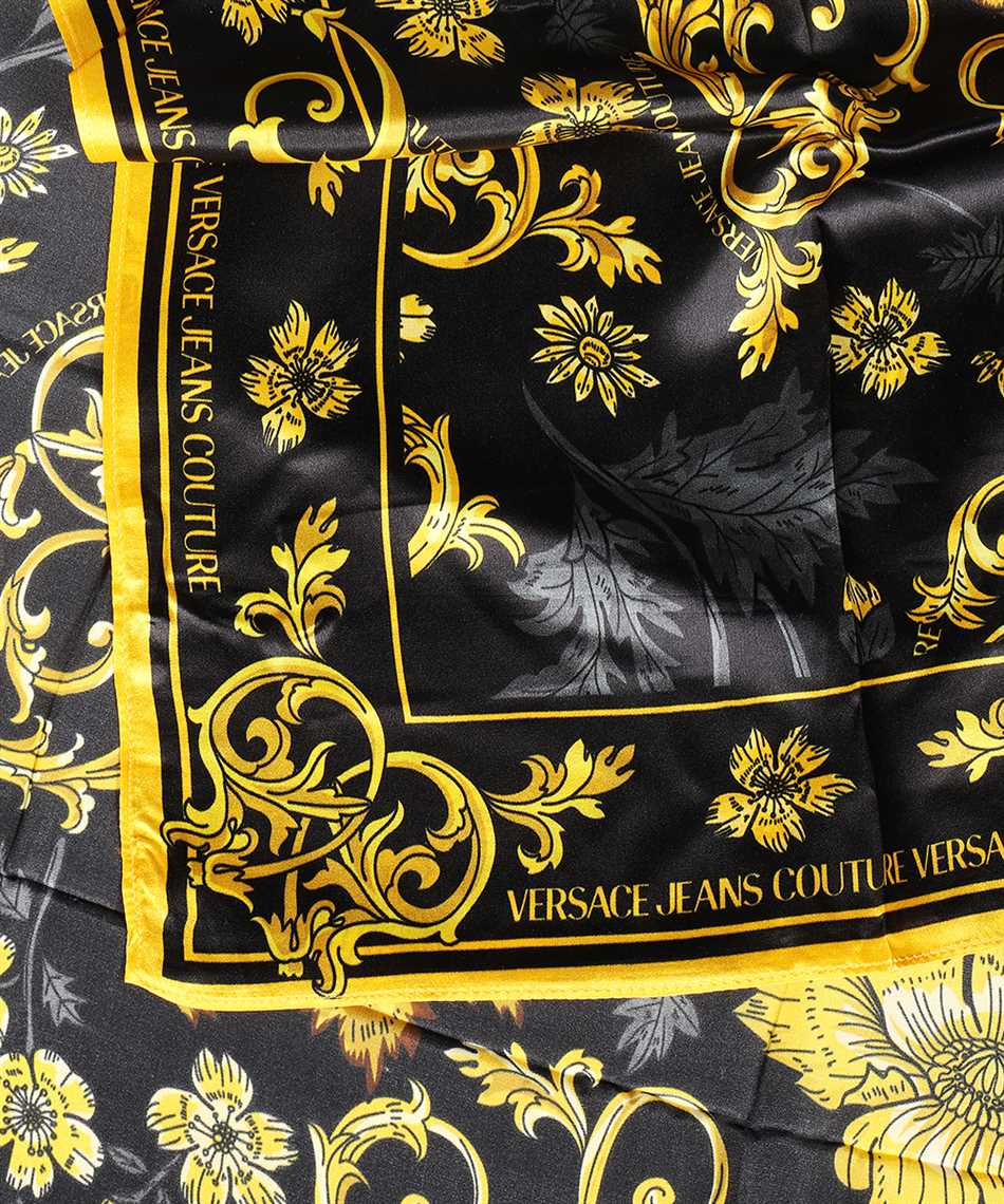 Versace Jeans Couture E4HZBH03 80128 Scarf 2