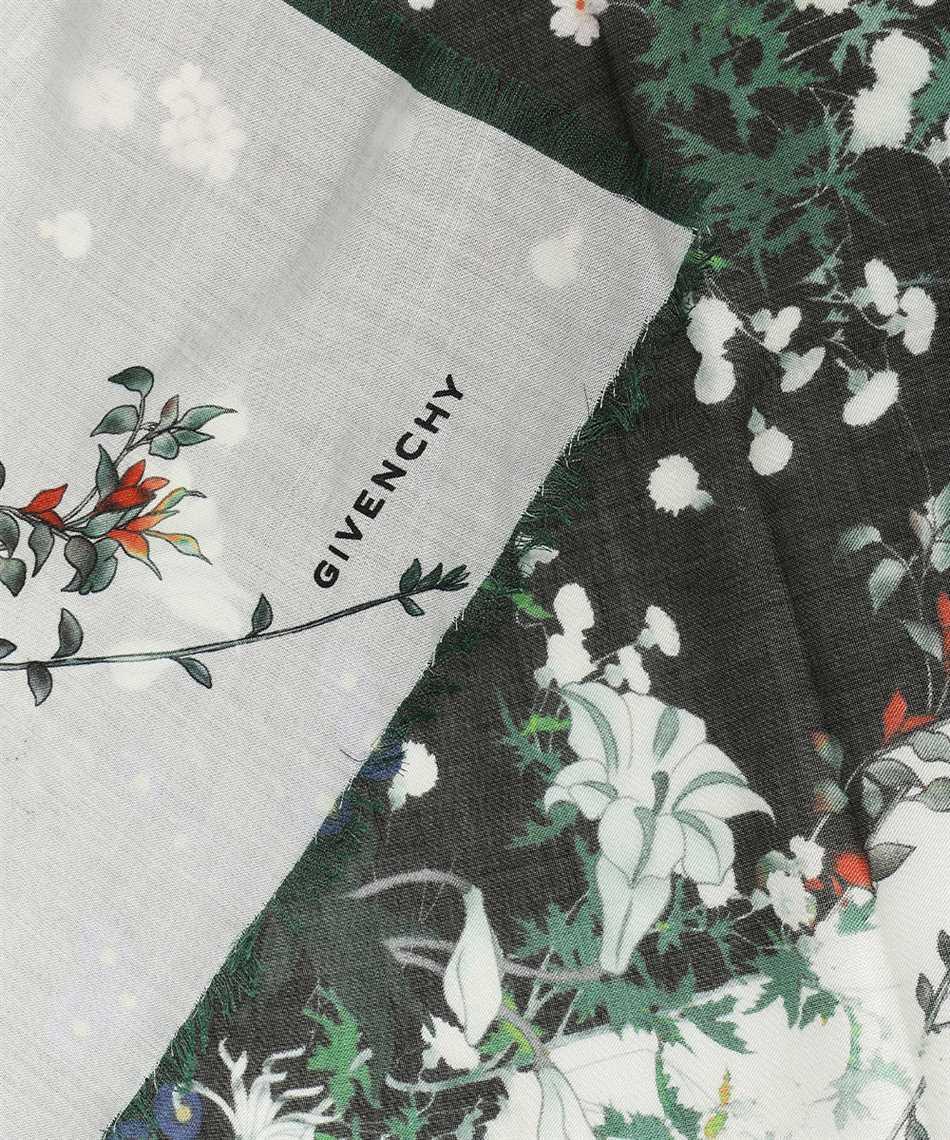 Givenchy GW1414 SL021 Scarf 2